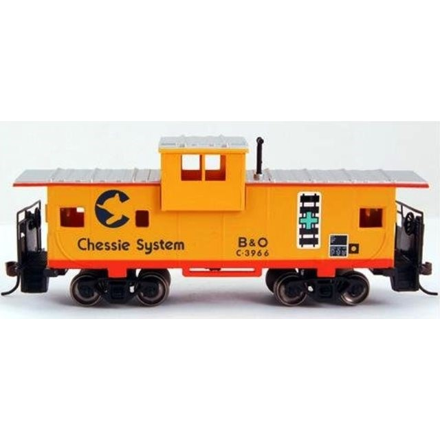 HO - 36' WideVision Caboose Chessie