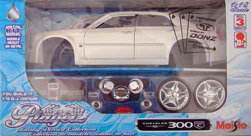Chrysler 300C Hemi 2005.
